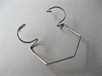 Ressorts de forme avec filetage/taraudage